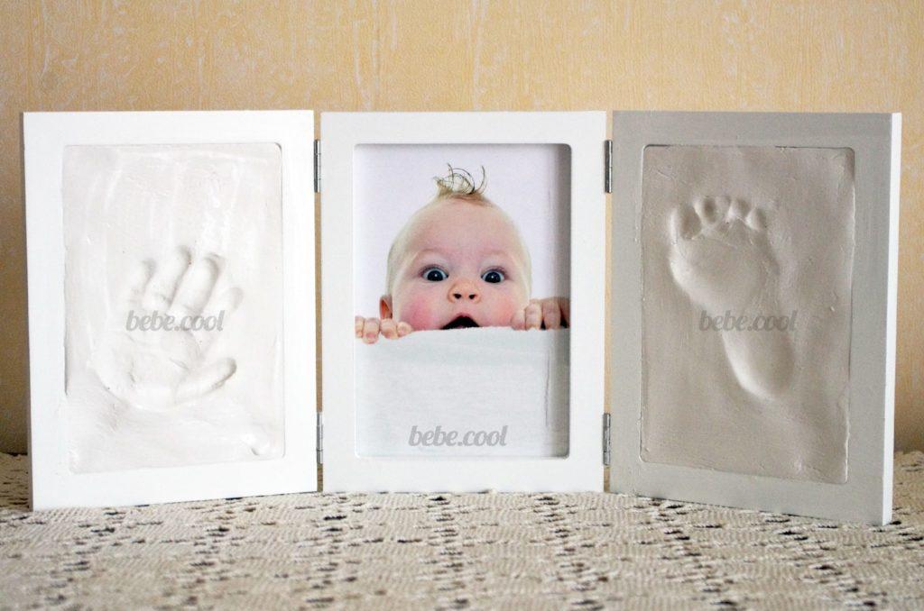 Exposer le coffret empreinte bébé pendant trois jours jusqu'à que l'argile sèche.