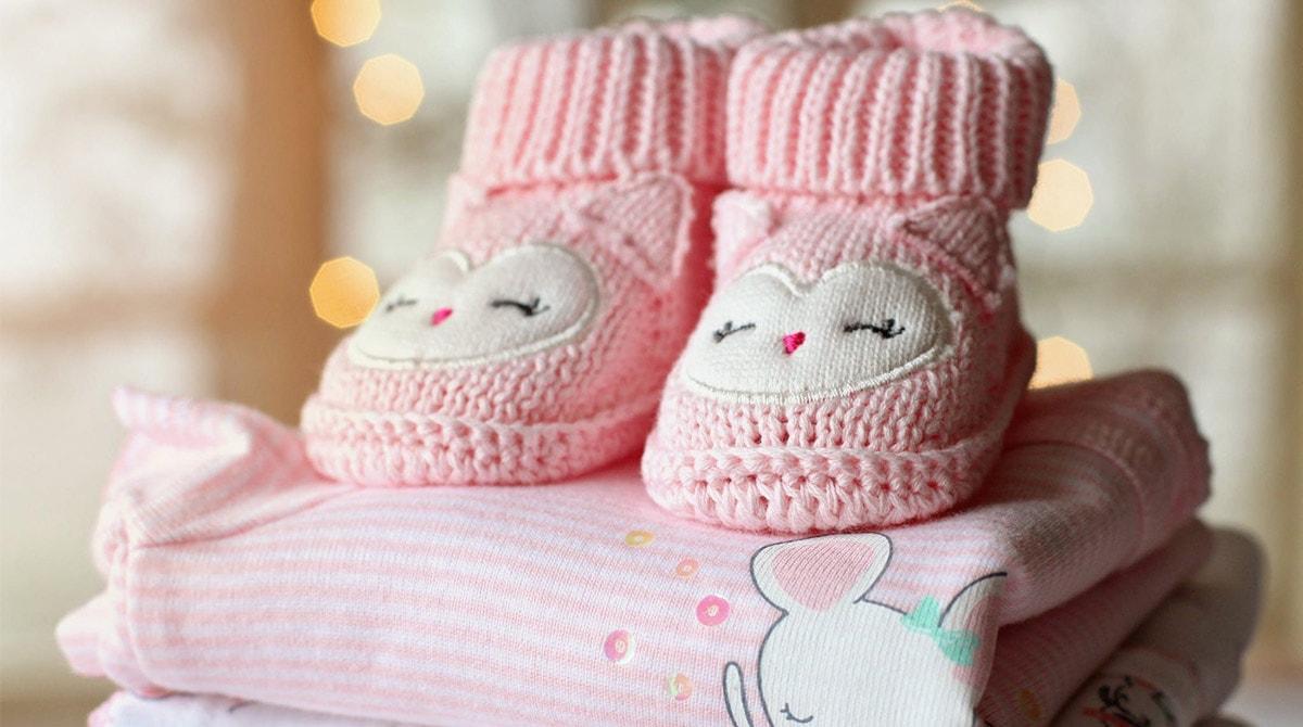 Vêtements et accessoires pour maman et bébé : qu'est-ce qui est essentiel ?