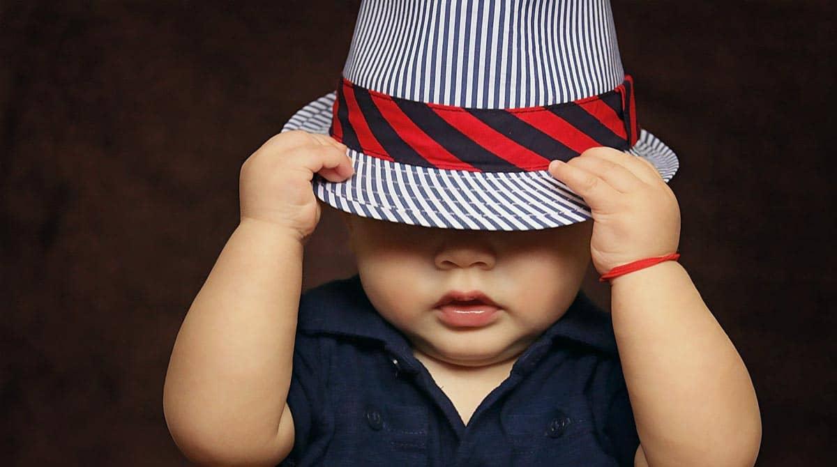 Vêtements bébé à la mode : top 5 des tendances de l'année 2020 !